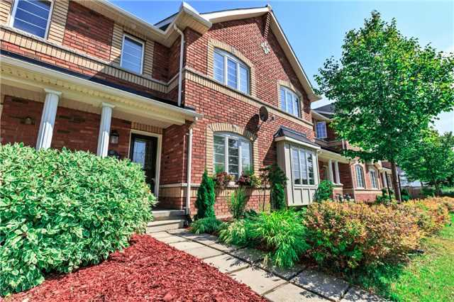 pictures of 19247 Yonge St, East Gwillimbury L9N 1L1
