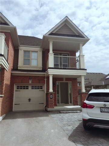 pictures of 12 Magnetic Lane, Whitchurch-Stouffville L4A0T2
