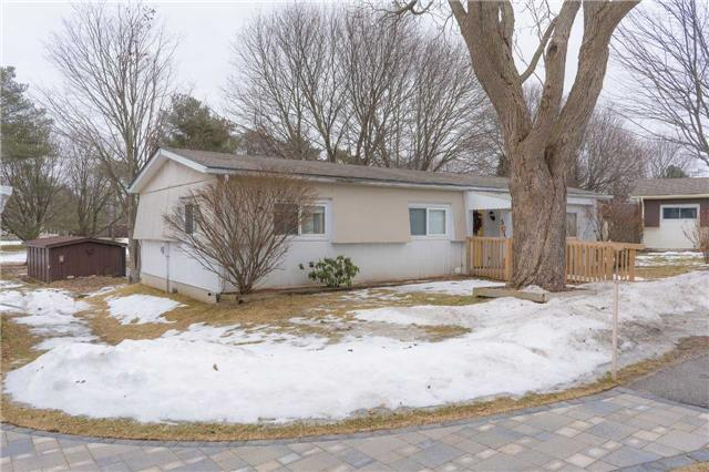 pictures of 5 Hawthorne Dr, Innisfil L9S 1R4
