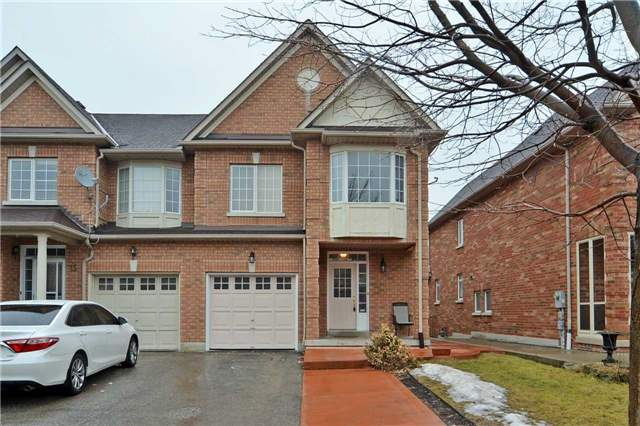 pictures of 17 Haymer Dr, Vaughan L6A3K9