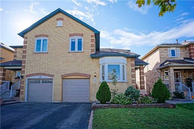 pictures of 43 Dunoon Dr, Vaughan L6A1Z2