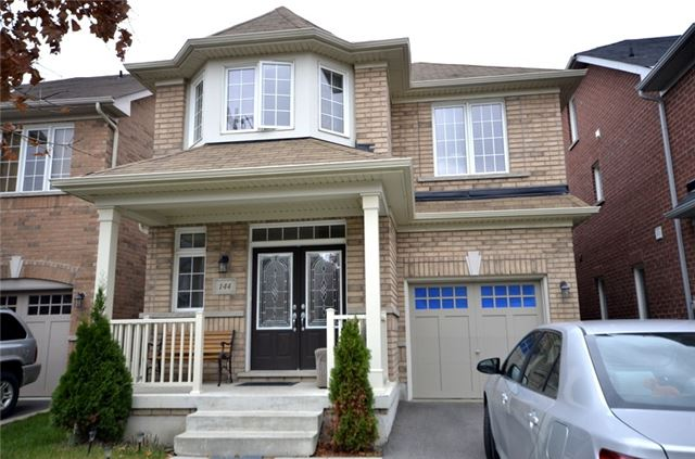 pictures of 144 Gesher Cres, Vaughan L6A0W9