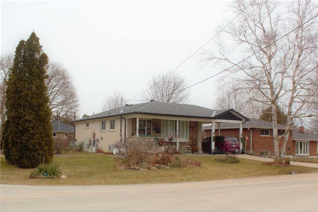 pictures of 73 Evans Rd N, New Tecumseth L9R 0B3