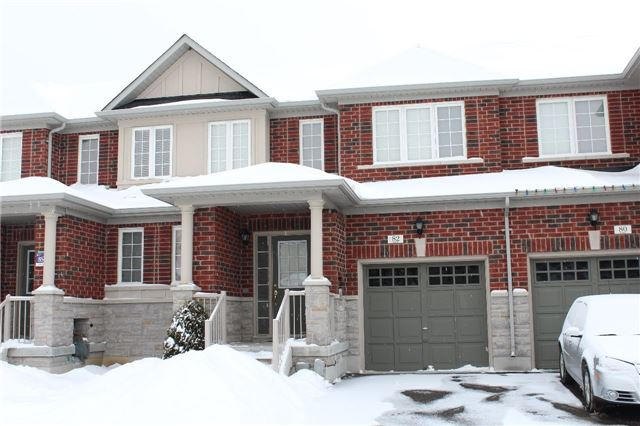 pictures of 82 Northway Ave, Whitchurch-Stouffville L4A0T7