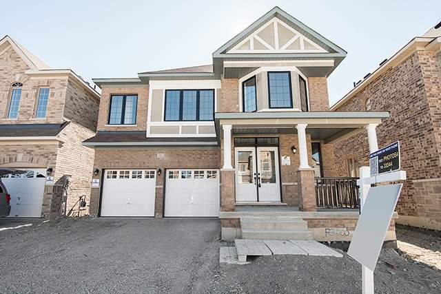 pictures of 121 Jake Smith Way, Whitchurch-Stouffville L4A4P7
