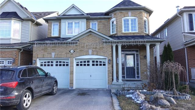 pictures of 120 Clausfarm Lane, Whitchurch-Stouffville L4A0M1