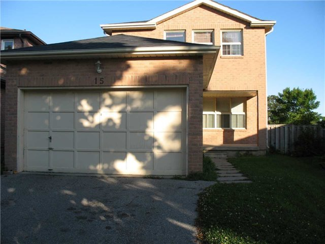 pictures of 15 Leora Crt, Richmond Hill L4C7N3