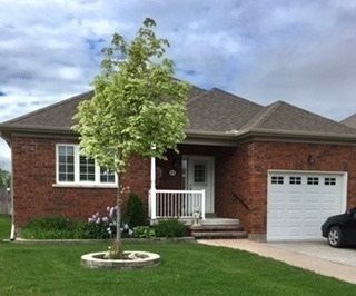 pictures of 51 Frank Bennett Dr, Whitchurch-Stouffville L4A0M3