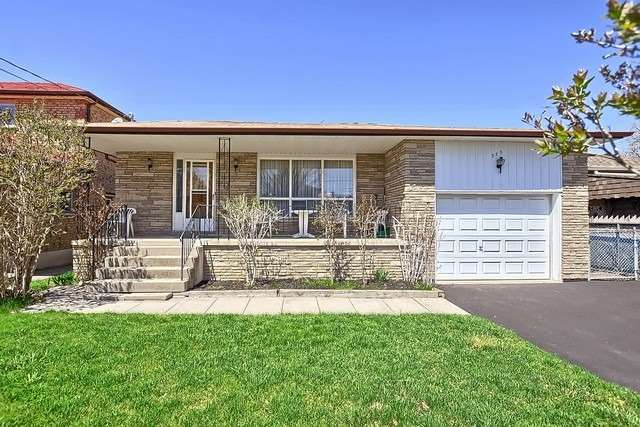 pictures of 355 Agar Ave, Bradford West Gwillimbury L3Z1H6