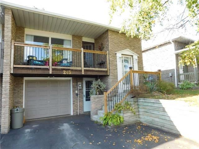 pictures of 243 Britannia Ave, Bradford West Gwillimbury L3Z1A6