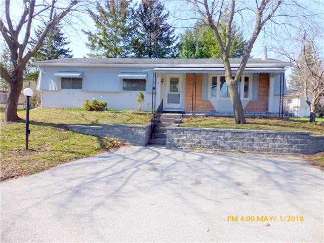 pictures of 2 Dogwood Crt, Innisfil L9S 1M1