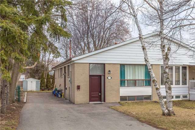 pictures of 217 Browndale Cres, Richmond Hill L4C 3H9