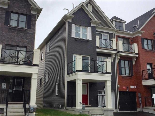 pictures of 14 Bert Tait Lane, Whitchurch-Stouffville L4A1Y2