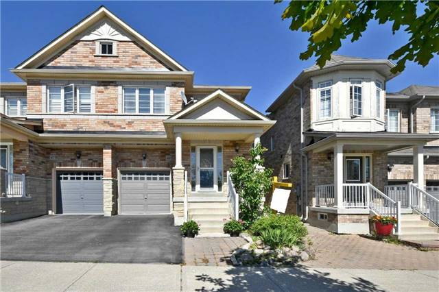 pictures of 49 Byers Pond Way, Whitchurch-Stouffville L4A0R4
