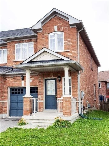 pictures of 27 Harriet Cres, Whitchurch-Stouffville L4A 0T3