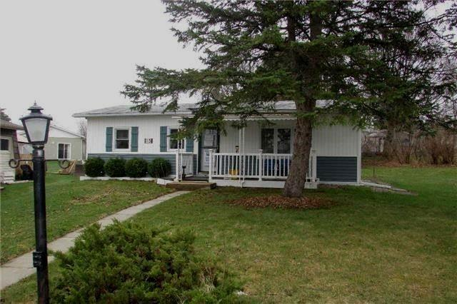 pictures of 15 Weeping Willow Dr, Innisfil L9S 1R6