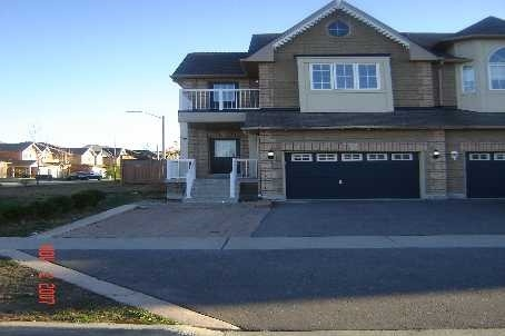 pictures of 97 Nantucket Dr, Richmond Hill L4E3X4