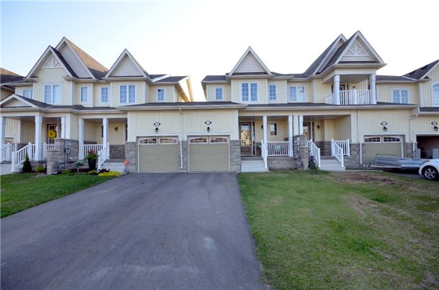 pictures of 73 Blanchard Cres, Essa L0M1B5