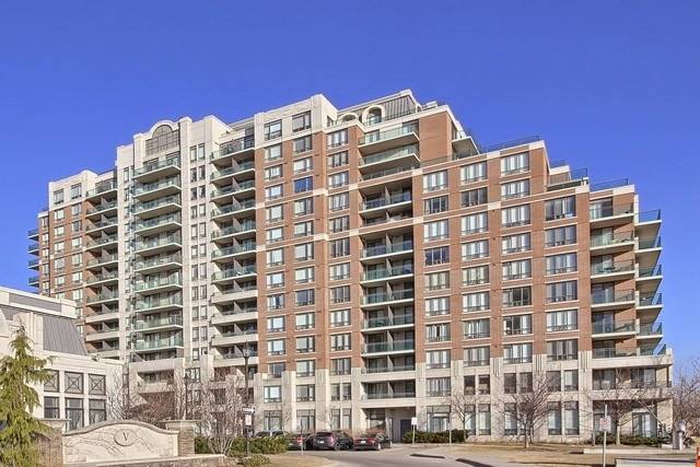 pictures of 350 Red Maple Rd, Richmond Hill L4C0T5