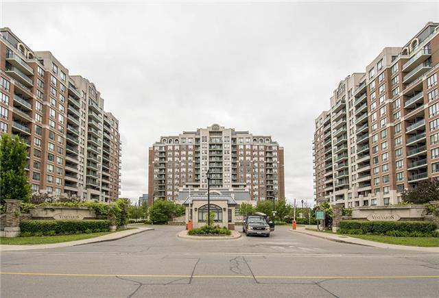 pictures of 330 Red Maple Rd, Richmond Hill L4C0T6