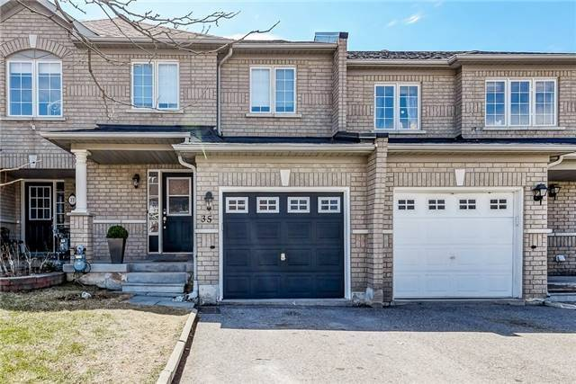 pictures of 35 Lodgeway Dr, Vaughan L6A3S6