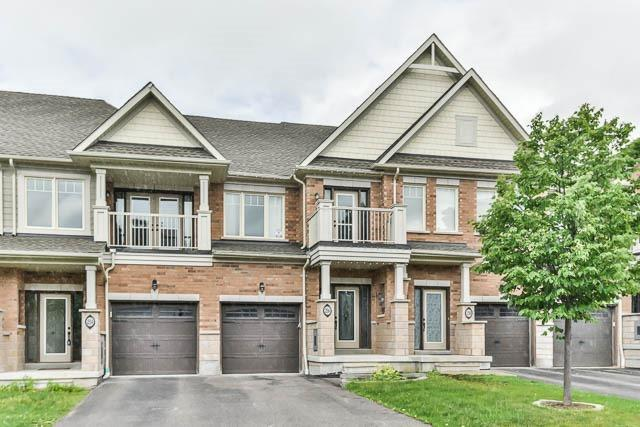 pictures of 256 Sandale Rd, Whitchurch-Stouffville L4A0Y4