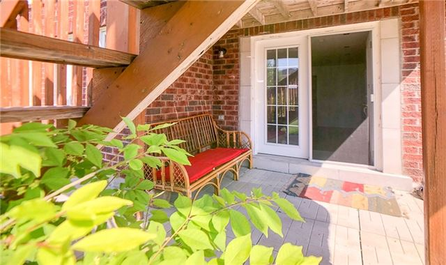pictures of 57 Old Orchard Cres, Richmond Hill L4S0A2