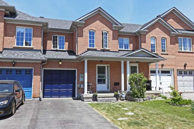 pictures of 4 Kingsley Rd, Markham L3R4X2