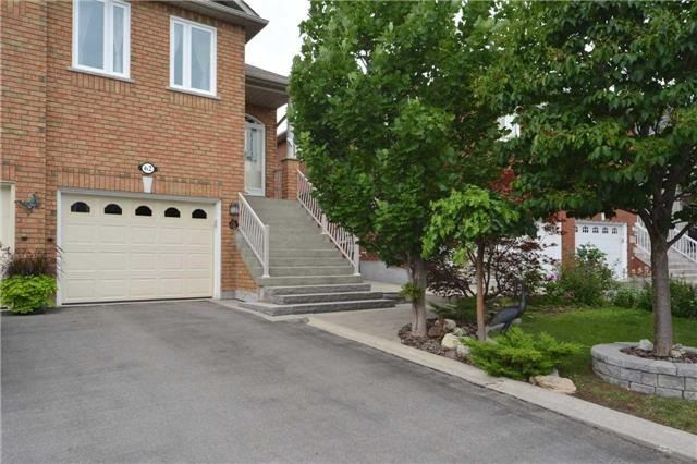 pictures of 62 San Vito Dr, Vaughan L4H1X4