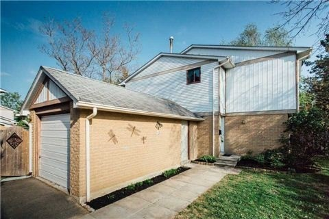 pictures of 40 Wiles Crt, Aurora L4G3N5
