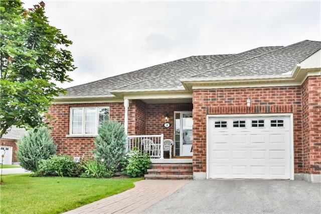 pictures of 3 Leland Lane E, Whitchurch-Stouffville L4A 0M3