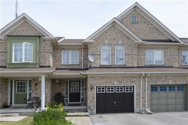 pictures of 61 Crestbank Crt, Vaughan L6A0B1