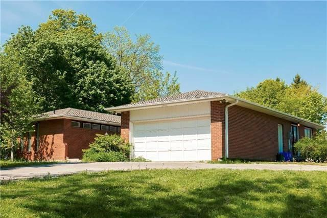 pictures of 20 Harriman Rd, Aurora L4G2S8