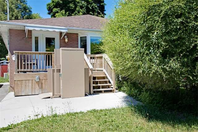 pictures of 24 Lindsay Ave, Newmarket L3Y4N6