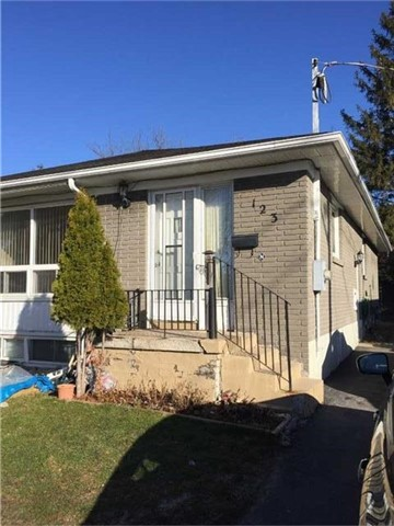 pictures of 123 Septonne Ave, Newmarket L3Y2W4