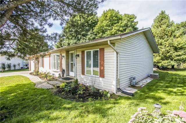 pictures of 16 Butternut Crt, New Tecumseth L0G1W0
