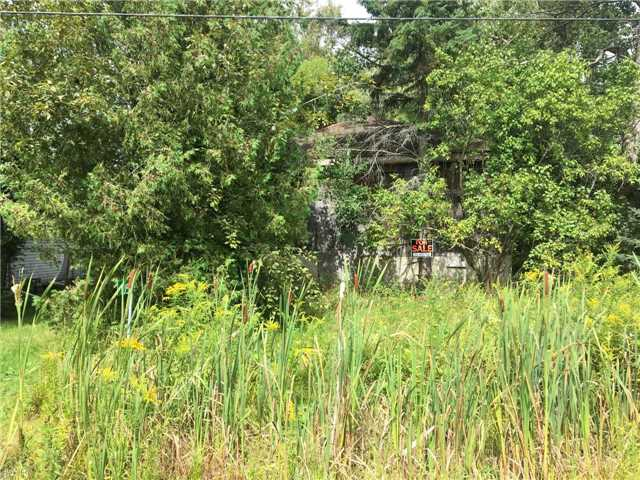 pictures of 1056 Balsam Rd, Innisfil L0L1C0