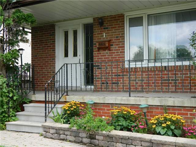 pictures of 3 Alanadale Ave, Markham L3P1S2