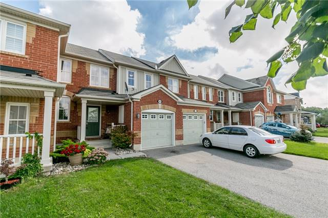 pictures of 66 Gladys Clarkson Dr, Whitchurch-Stouffville L4A0Z6