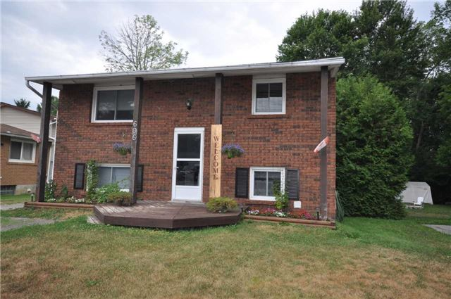 pictures of 606 James St, Brock L0K1A0
