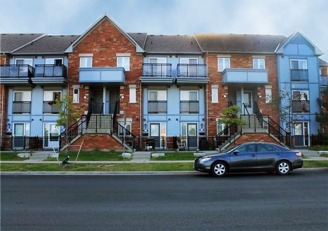 pictures of 160 Chancery Rd, Markham L6E 0B9
