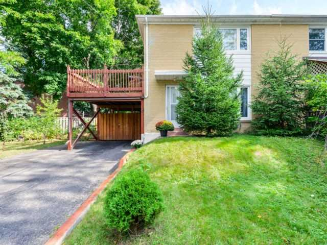pictures of 274 Taylor Mills Dr N, Richmond Hill L4C2T9