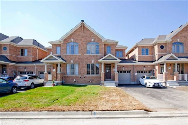 pictures of 48 Jake Smith Way, Whitchurch-Stouffville L4A4P8