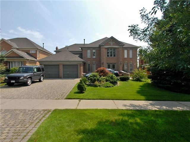 pictures of 5 Glenayr Rd, Richmond Hill L4S1H5