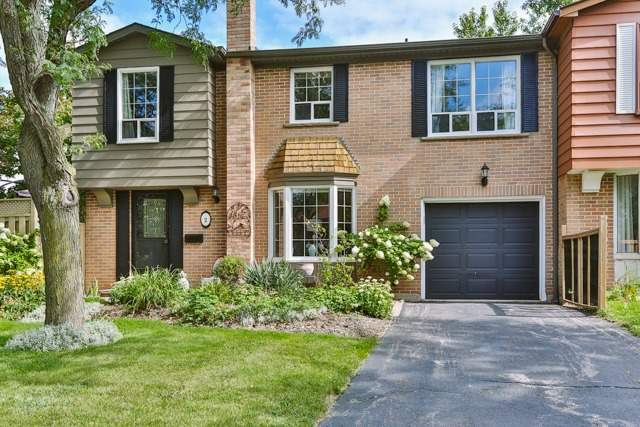 pictures of 2 Penwick Cres, Richmond Hill L4C5B4
