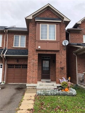 pictures of 32 Longwood Ave, Richmond Hill L4E4A5