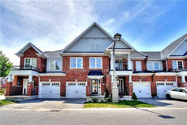 pictures of 32 Expedition Cres, Whitchurch-Stouffville L4A0T1