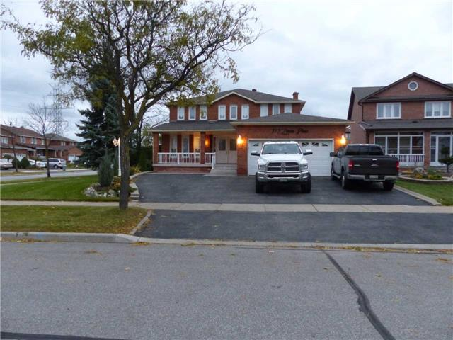 pictures of 179 Zinnia Pl, Vaughan L4L6H2