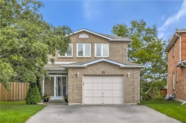 pictures of 18 Cougar Crt, Richmond Hill L4S1H7