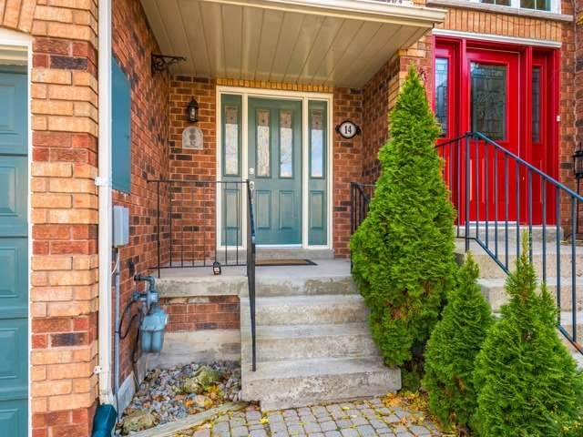 pictures of 14 Opal Crt, Whitchurch-Stouffville L4A8C2